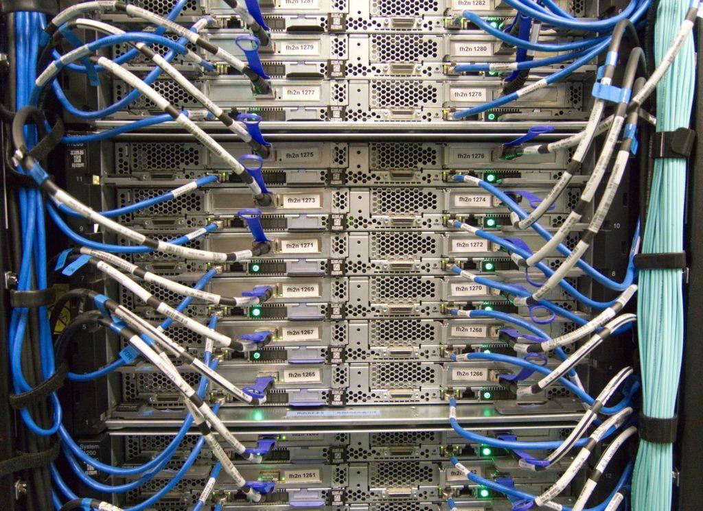 Dedikovaný server